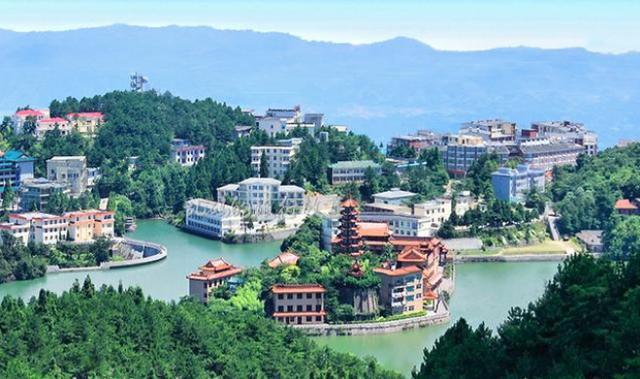湖北咸宁旅游景点有哪些?咸宁有哪些好玩的地方?