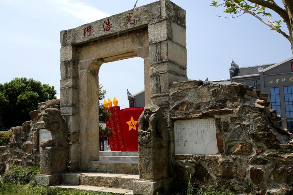 湖北是红色旅游胜地!一条百年老街,区区300米长却有20处革命遗迹