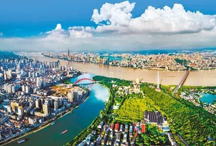 湖北纪委监委:上半年处理防控工作中失职失责15509人
