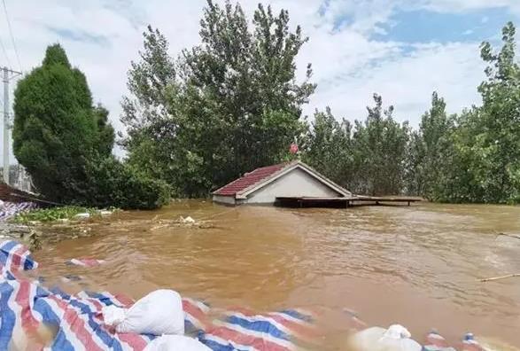 湖北黄梅三大民垸相继弃守 万余群众紧急撤离