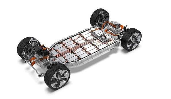 就怕电动车缺电池,JAGUAR LAND ROVER与比亚迪合作在欧洲盖电池制造厂