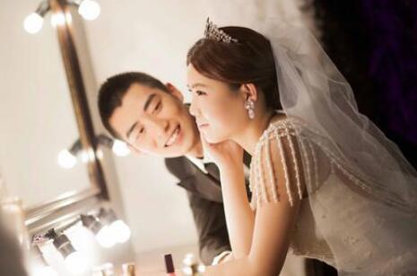 未婚夫遭遇车祸半身不遂,你仍然会与他结婚,还是会选择离他而去?