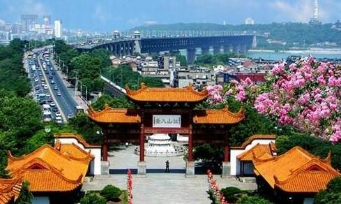 十一黄金周,武汉旅游零事故全靠这些中坚力量