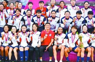 2020中国女子足球联赛武汉夺冠,背后的故事感人肺腑