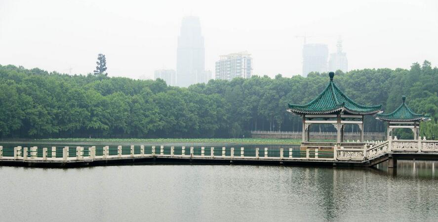 武汉东湖成为国家首个科技保险创新示范区