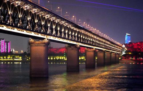 武汉夜游的好去处,这几个地方的风光都很美哦!